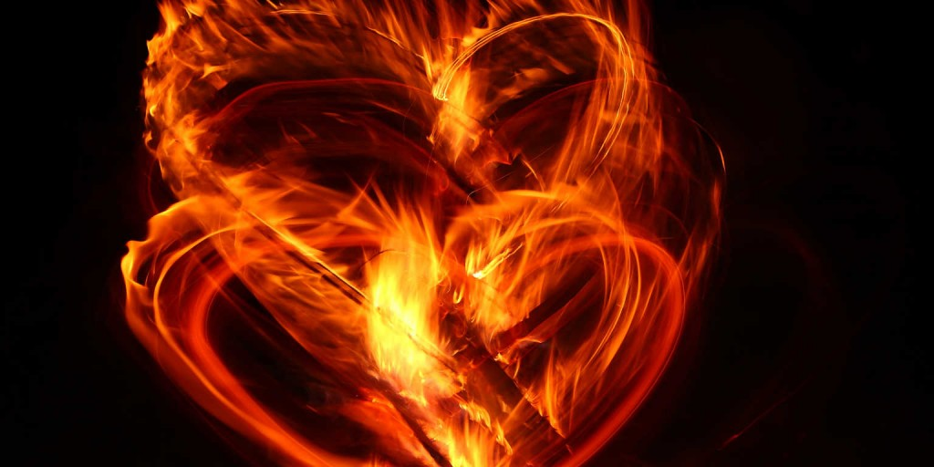 heart-on-fire-18157170