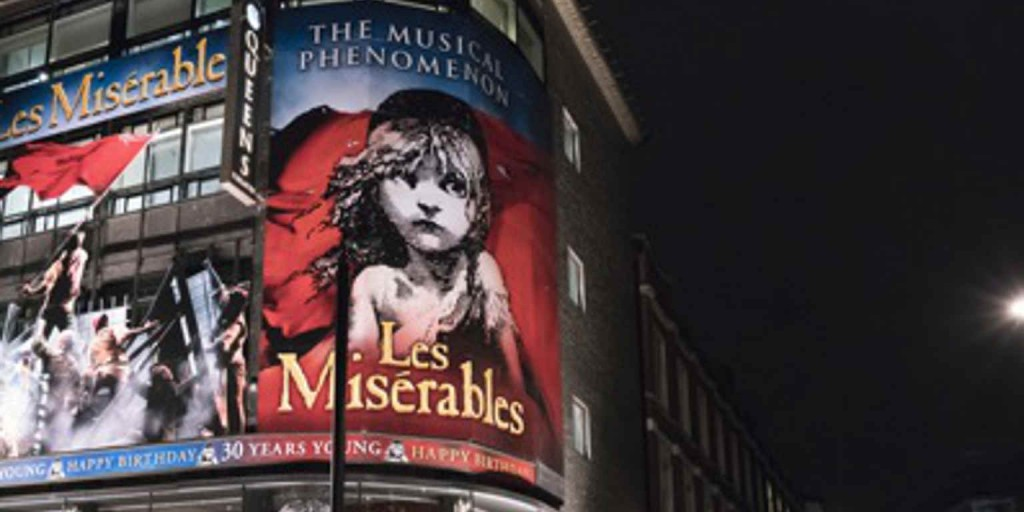 les-miserables-musical-at-queens-theatre-london-london-uk-67814082